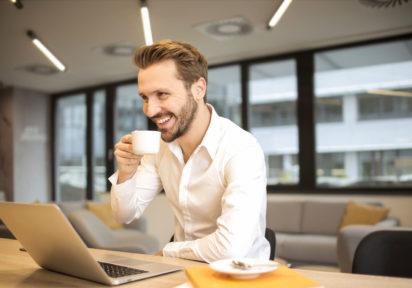 Szkolenie okresowe BHP online dla pracowników administracyjno-biurowych